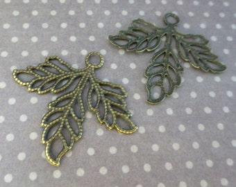 Pack of 15 Antique Bronze Leaf Filigree Scrapbooking Embellishment