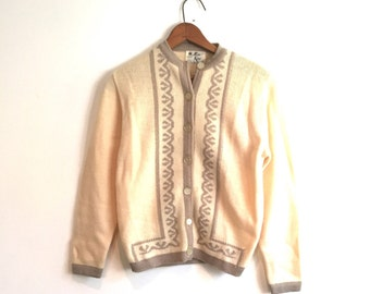 Patterned Wool Cardigan Sweater // Vintage