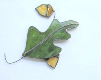 Stained Glass Oak Leaf Suncatcher, Autumn Suncatcher, Mobile, Winter Ornaments, Autumn Leaf Suncatcher, Arts and Collectables, Home Decor,