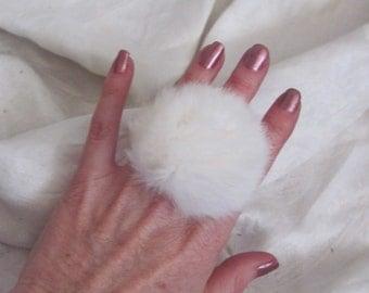 Beautiful White Real Fur Ladies Filagree Ring