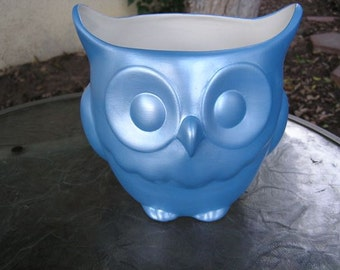 Stoutly Wise Owl Candy Dish/Vase/Planter Blue Pearl
