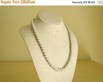 """Vintage pearl necklace, grey 20"""" glass pearls, silver 8mm knotted Danecraft Fuji Sea Pearls, simulated pearls, bridesmaids, new old stock"""