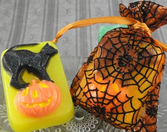 Soap - Black Cat and Pumpkin Halloween Soap - Party Favor - Handcrafted Soap - Soap in a Bag - Artisan Soap - SoapGarden