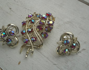 Vintage Brooch and Earring Set Gold Pink Rhinestone