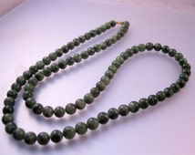 """Vintage Chinese Genuine Natural Green Jade Beaded Necklace 31"""" 96g Jewelry Jewellery"""