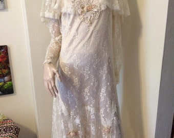 Vintage 1970s White Lace capelet Embellished Romantic Deco Wedding Boho Maxi dress gown Size large