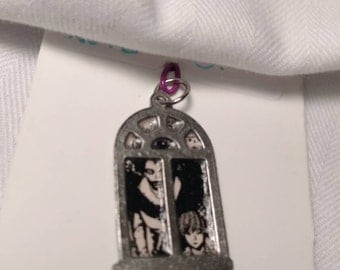 Death Note Window Pendant