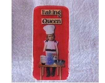 Domino Magnet Baking Queen Little Girl Child Vintage