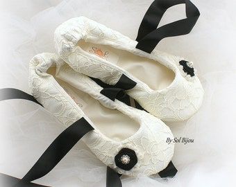 Ballet Flats, Ivory, Black, Wedding Flats, Lace Flats, Bridal Shoes, Vintage Wedding, Elegant, Ballet Slippers, Wedding Reception, Pearls