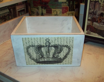 French country crown Organizer box,Storage box, Paris decor,Paris bathroom decor,shabby chic,French decor ,French bathroom