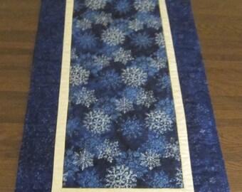 Blue Batik Winter Snowflake Quilted Table Runner Handmade CIJ