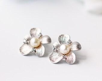 White Pearl Matte Silver Flower Stud Earrings Swarovski Pearl Wedding Earrings