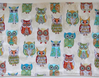 Quilted Owl Placemats for the Holidays, Gold Backs: set of 4.
