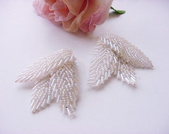 BG289 Vintage Hand Sewn to Leather Seed Bead Opalescent Ivory Shoe Clips