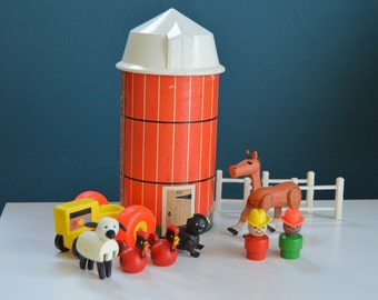 Vintage 1968 Fisher Price Little People Silo and Accessories