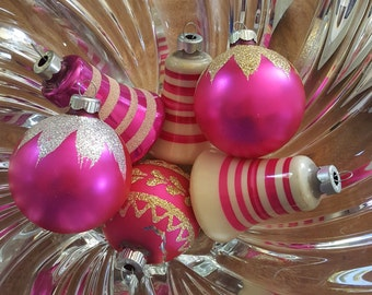 SHINY BRITE and Hot Pink Bells 1960s 6 Glass Christmas Ornaments Bulbs