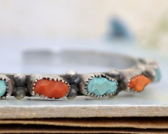VINTAGE FIND sterling silver blue turquoise and red coral stones native jewelry Zuni bangle bracelet