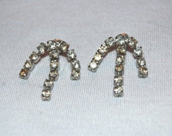 Vintage / Sparkling / Clear / Rhinestone / Earrings / pierced / old jewelry