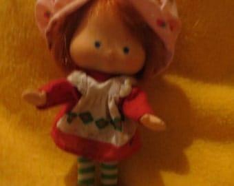 1970s  Strawberry Shortcake doll FLAT HANDS