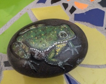 Green toad painted rocks