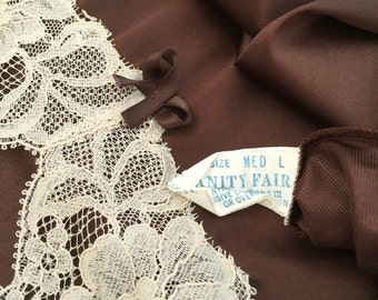 Vintage 1970s Vanity Fair Dark Brown Nylon Lace Half Slip - medium