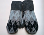 Sale Argyle Neutral Mittens made from recycled sweaters and lined with soft fleece. Ladies Medium.