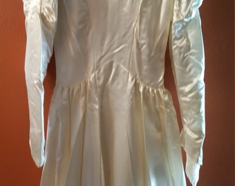 Vintage 1930's-40's Cream Satin Wedding Gown with Train and Lace Detail