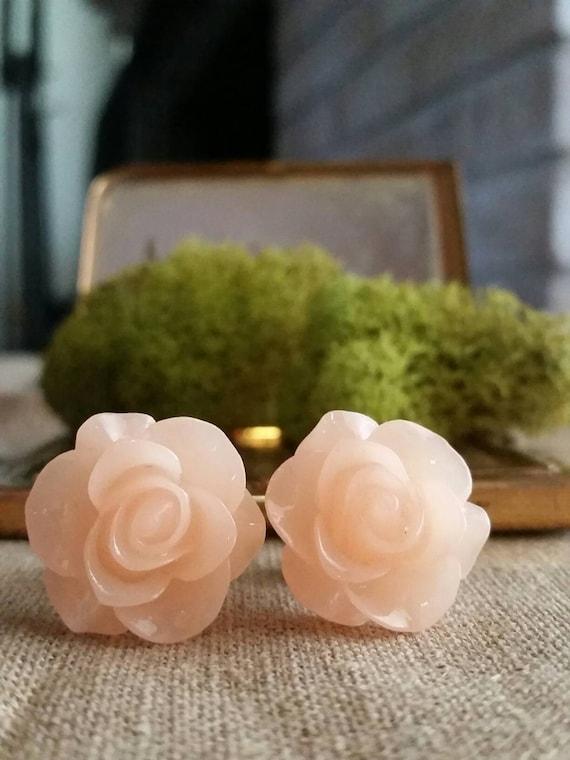 Flower Plugs, Wedding Gauges, Prom Gauges, Clear Peach, Roses