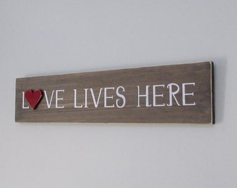Rustic Wall Decor, Love Lives Here, Wood Signs, Rustic Wood Signs, Home Decor, Wall Decor, Reclaimed Wood, Farmhouse, Living Room