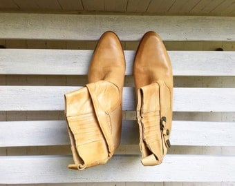 Vintage camel tan ankle boots, booties, womens shoes size 9 and a half, 10 mens shoes size 8