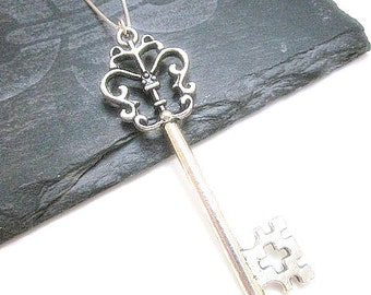 Silver Key Necklace -- Antique Silver Key Necklace -- Silver Layering Necklace -- Old Key Necklace -- Silver Key Charm Pendant Necklace
