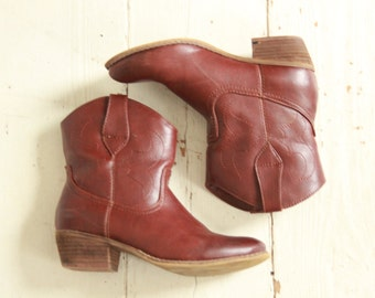 Faux Leather Cowboy Ankle Boots C&A by Yessica.