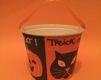 Vintage Halloween Trick it Treat Pail
