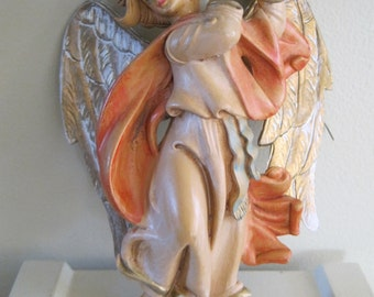 Original FONTANINI ANGEL playing the tambourine 1980s made in Italy in vintage colors of pinks and golds ornament to hang or hang on wall