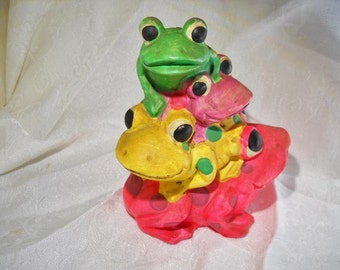 Vintage stacked frog bank