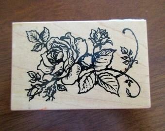 PSX G-1180 rubber stamp mounted on wood - rosebud, floral, flower