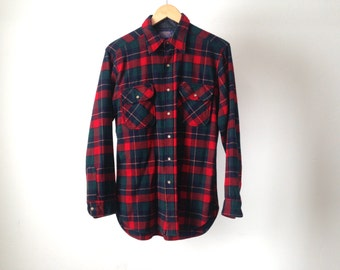60s PENDLETON twin peaks PLAID flannel button down size MEDIUM men's vintage pendleton made in the usa button up down shirt