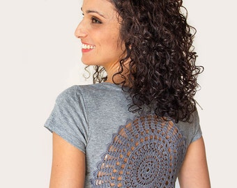 Grey t-shirt  with upcycled vintage crochet doily back - size XS