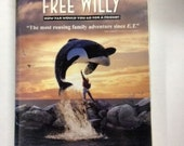 Free Willy VHS Tape Clamshell Case Warner Brothers Movie Children and Family Classic