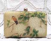 Bird on Hydrangea Clutch Oriental Retro Box Clutch White Flower Blossom Bag Beige Purse Ivory Linen Bridesmaid Wedding Gift Minaudiere