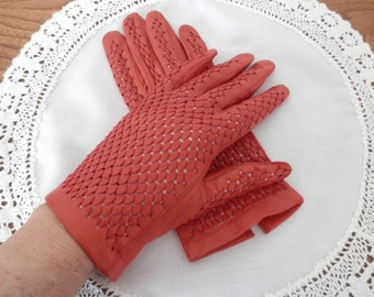 Ladies Wrist Length Red GLoves - Open Weave Gloves - Lined Gloves - Size 7 1/2