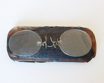 spectacles rimless spectacles with metal case pince nez