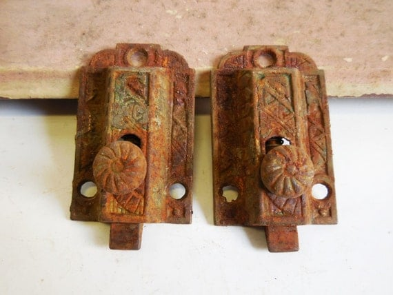 two cabinet door latches eastlake decorative vintage antique. Black Bedroom Furniture Sets. Home Design Ideas