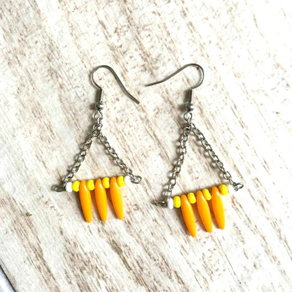 Triangles earrings seed beads orange yellow white bead metal chain stainless hook, les perles rares