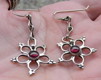 Garnets and Sterling Silver Flower Earrings