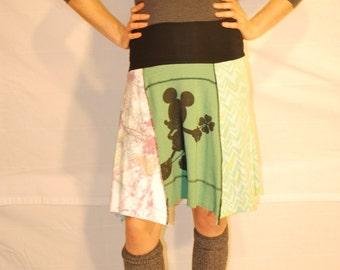 Recycled tee shirt skirt  medium with rayon waistband   M0089