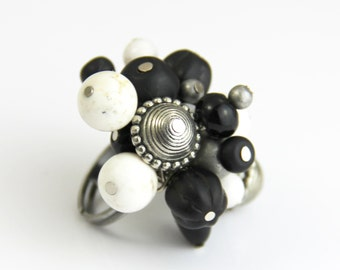Antique Black White Cream Stone Adjustable Cluster Cocktail Statement Ring - Antique Silver Dull Gray Neutral Big Chunky Ring