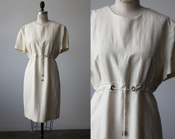 Vintage Silk and Linen Ivory Classic Dress Short Sleeve Fitted Wiggle Simple 90s Cream White M-L