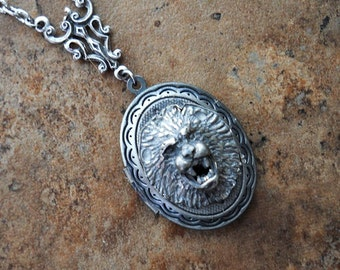 Roaring Lion Locket, Lion Locket, Lion, Silver Lion, Silver Locket
