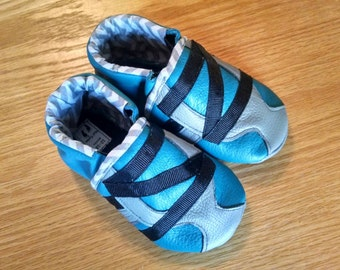 baby boy's shoes gray, black & teal zig zag 12-18 months/ size 5